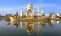 BWN Brunei Bandar Seri Begawan Omar Ali Saifuddien Mosque with stone boat and lagoon by day b.jpg